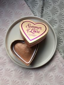 I Heart Make-Up Blushing Hearts Summer of Love Triple Baked Bronzer