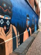 De mensen maken de stad in de Blauwehondstraat door Tuch