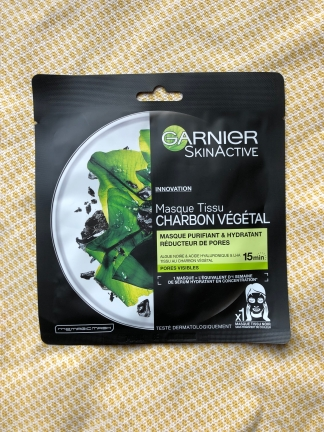 Skin Active Pure Charcoal Tissue Mask van Garnier