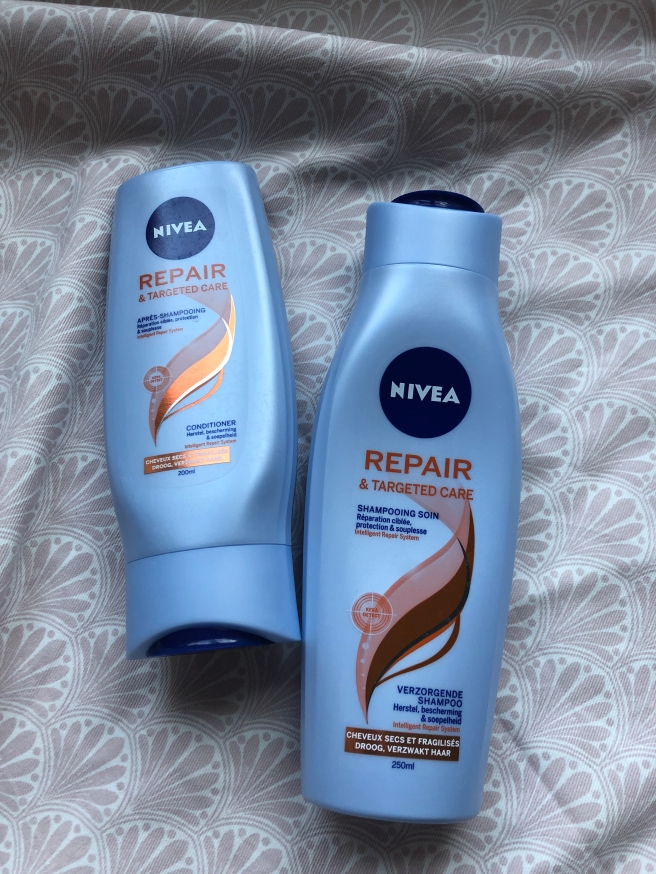 Repair & Targeted Care Shampoo & Conditioner van Nivea