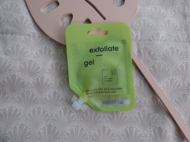 Exfoliate Gel Mask