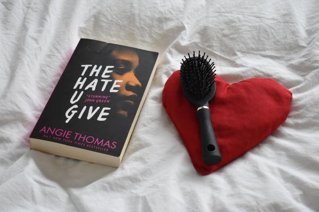 """Recencie: """"The hate u give"""" van Angie Thomas"""