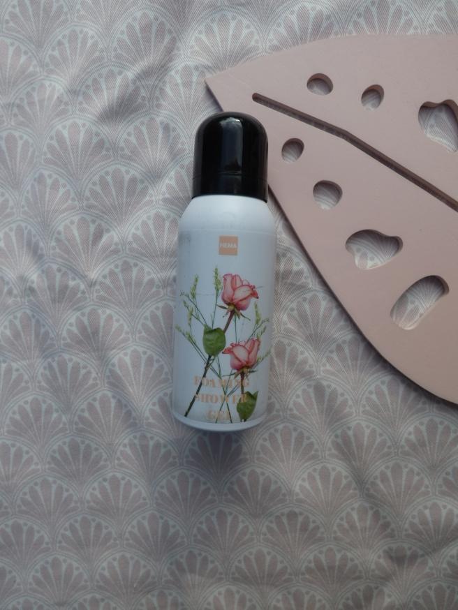 Schuimende douchegel met rozengeur van Hema