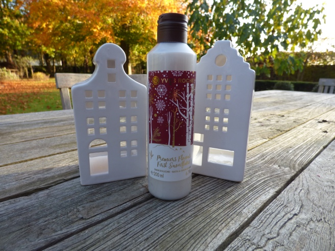 First Snowflakes Bath & Shower Gel van Yves Rocher