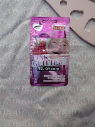 Pink Glitter Peel Off Mask van Kruidvat