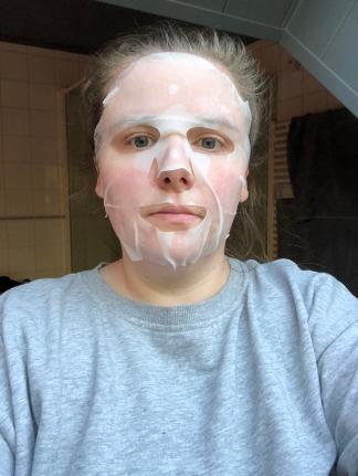 Pore Clearing Raspberry + Yoghurt 2 Step Peel Pad + Mask van Freeman