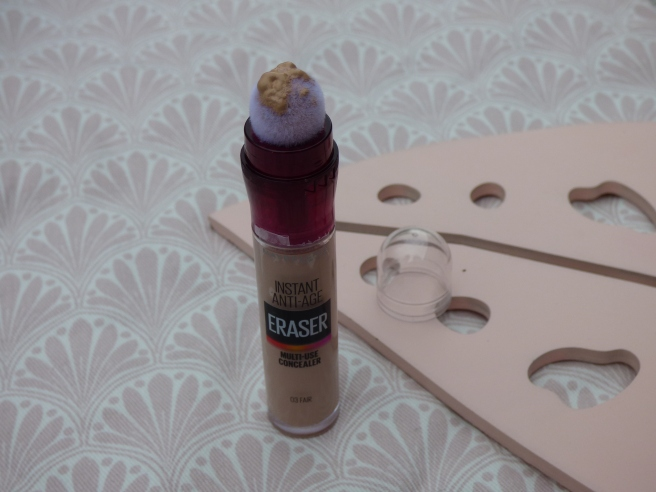 Instant Anti Age Rewind Eraser Concealer van Maybelline