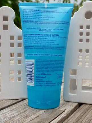 Essentials Dagelijkse Reinigingsscrub van Nivea