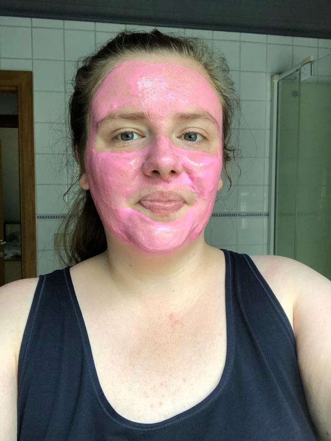 Neon Vibes Get Lit Illuminating Peel Off Mask van Freeman
